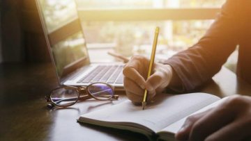 Best Paraphrasing Tools for Writers