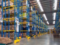 5 Advantages of Pallet Racking System